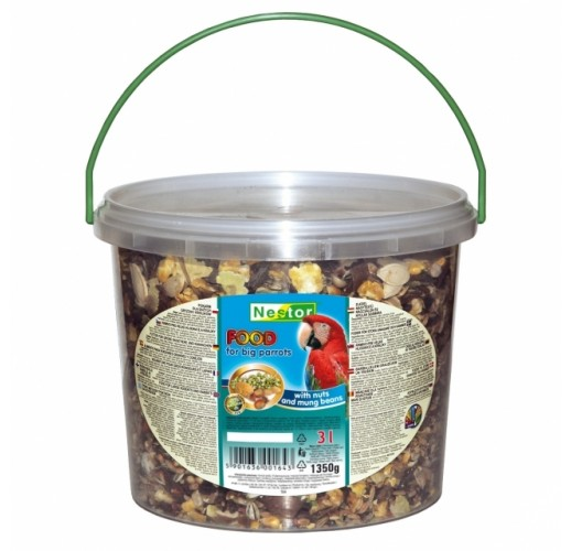 FOOD FOR BIG PARROTS WITH NUTS AND MUNGO BEANS 164 Nestor